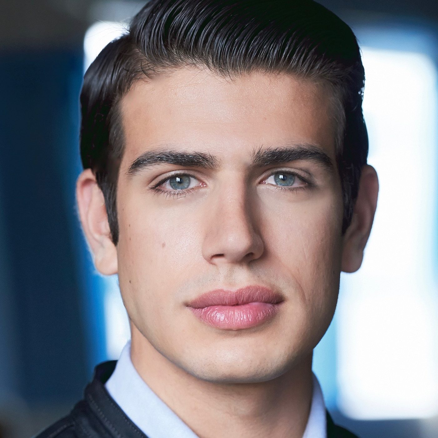 Mark Correia (Josh)